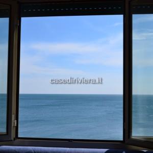 P30_Finale_Ligure_appartamento_fronte_mare_vendita_10